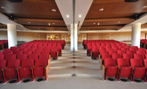 arredi platea auditorium Campus Biomedico