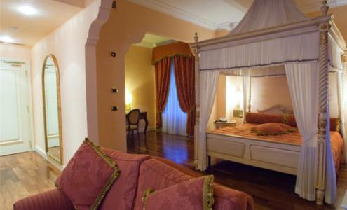 arredi camere hotel Patriarca