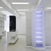 interni bianchi Laura Biagiotti store Roma