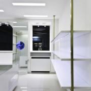 mobili e vetrine espositive Laura Biagiotti