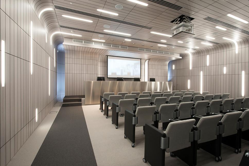 interno sala conferenze uffici Gazprom