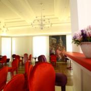Sedie e tavoli su misura by Devoto per Gran Melia