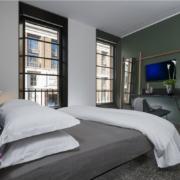 letto e arredi camere Hotel Royal Bissolati