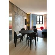 Studio d'artista Palazzo Rhinoceros con arredi Jean Nouvel Design e finiture realizzate da Devoto Design