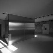 Multifunctional stainless steel block installation Palazzo Rhinoceros Devoto Design