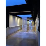Arredi in legno su misura per l'allestimento dell'area espositiva all'interno della facoltà di architettura La Sapienza