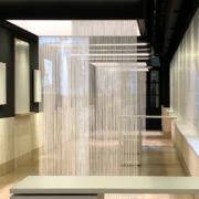 Corpi illuminanti su misura e superfici di proiezione realizzati da Devoto Design