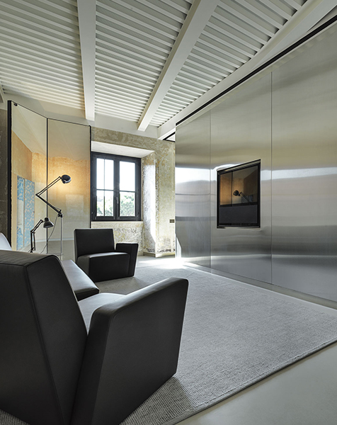 Palazzo Rhinoceros interiors custom-made by Devoto Design