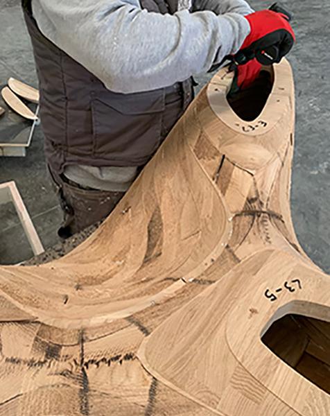 Produzione arredi in doppia curvatura in legno by Devoto Design