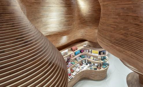Gift Shop Qatar Museum realizzazione by Devoto Design