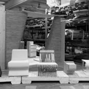 Prototipo seduta su misura in legno ed ecopelle Devoto Design