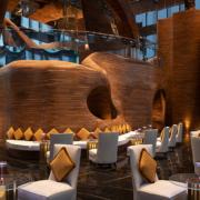 Doppia Curvatura, storia di una lavorazione speciale presso il Vertigo Restaurant del Banyan Tree Doha cover image